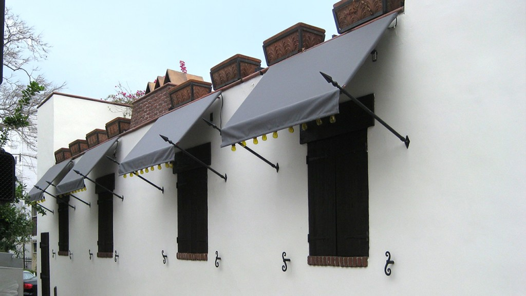 Grey awning with spears