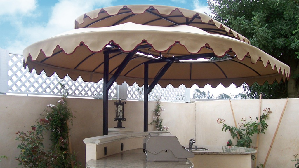This barbecue awning creates a covered outdoor kitchen