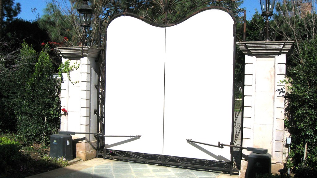 Outdoor privacy screens created by A World of Awnings