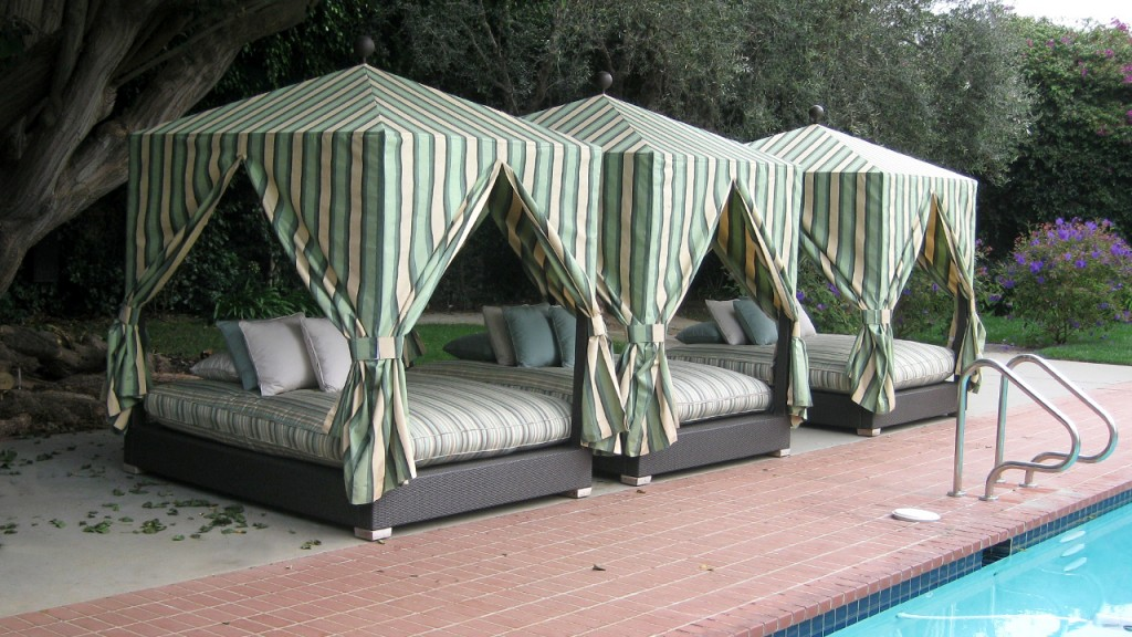 A custom cabana created by A World of Awnings