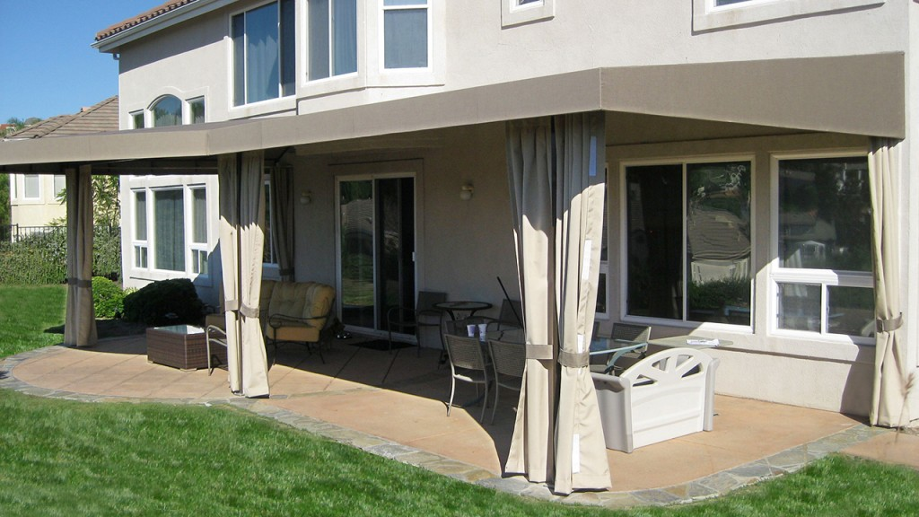 Custom patio canopy with curtains