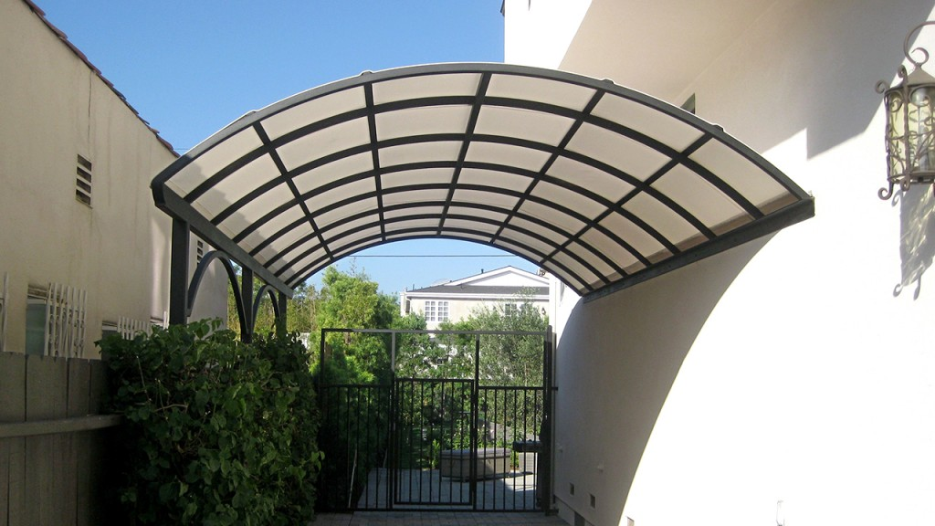 Curved patio canopy