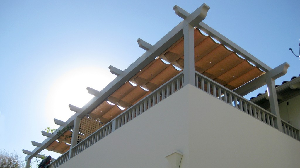 Custom awning using sliding on wire style