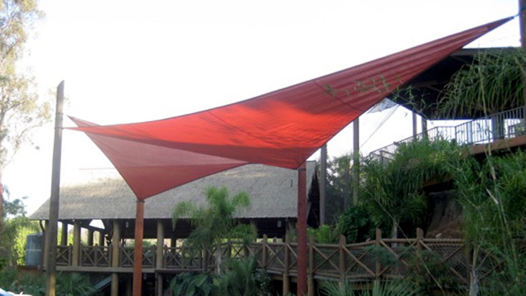 Red shade structure